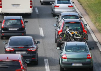 Mit dem Fahrradträger auf der Autobahn – Worauf sollte man achten?